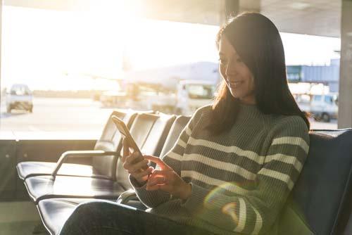 航空券の予約を事前にしておくのが一般的