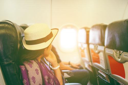 搭乗中に注意すべきことはスマホなどの機内ルール
